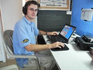 DG1CMZ @ T32C  Michael beim Funken an einem der 10 Funkplätze